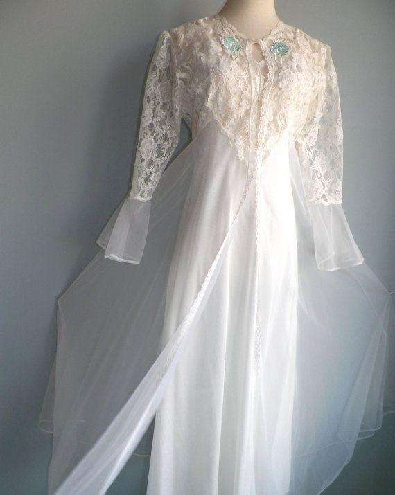 Superb White Lace Nylon Chiffon Negligee by LuxLoveVintage on Etsy ... 0882403fb