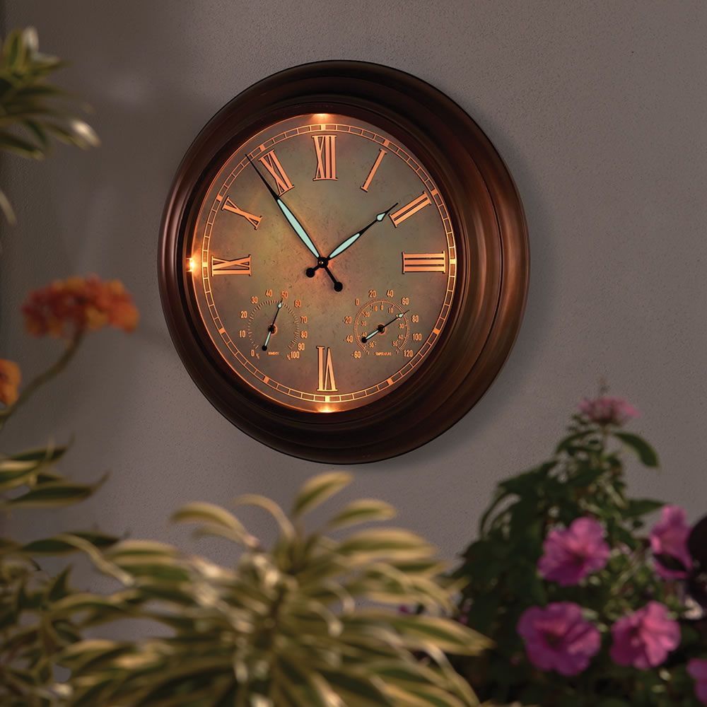 The 24 Quot Outdoor Lighted Atomic Clock Hammacher Schlemmer Outdoor Clock Large Outdoor Clock Wall Clock Light