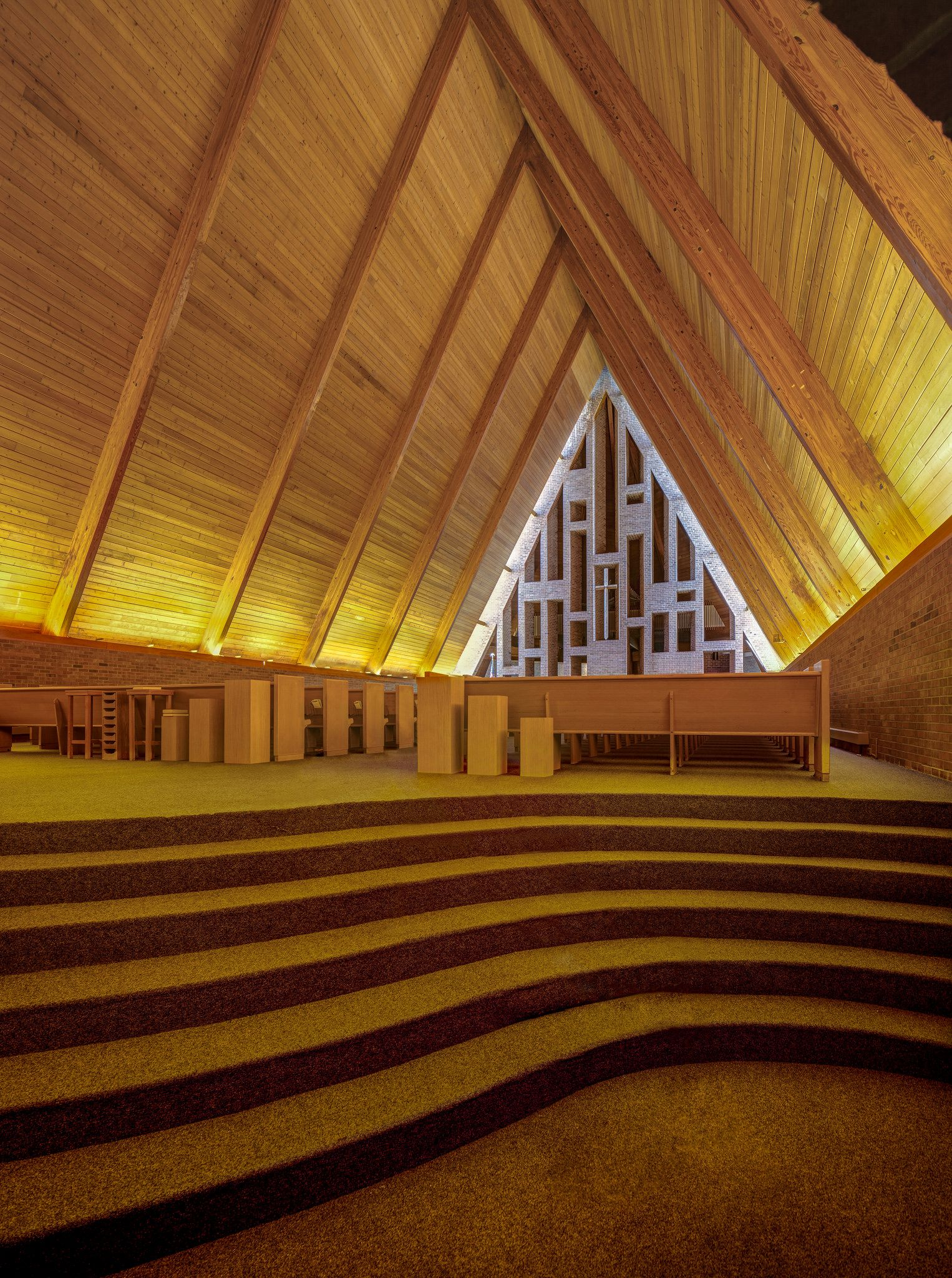 https://flic.kr/p/nh9isi | First Baptist Church | Architect: Harry Weese (1965) Location: Columbus, IN