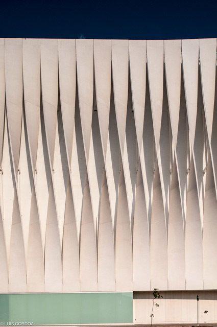 Galeria de Fachada Liverpool / Iñaki Echeverria - 3