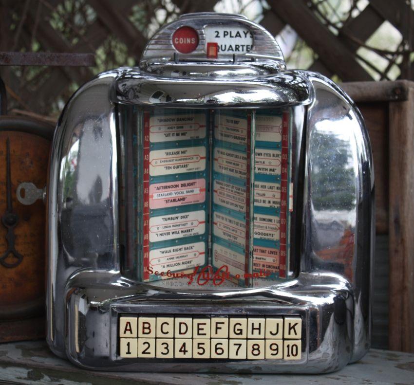 TABLE TOP JUKE BOX: This Is A Seeburg Wall-O-Matic 100