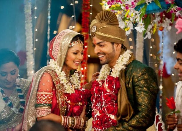 Maan Geet Couple Hd Wallpapers Free Download Indian Wedding Games Wedding Games Love And Marriage