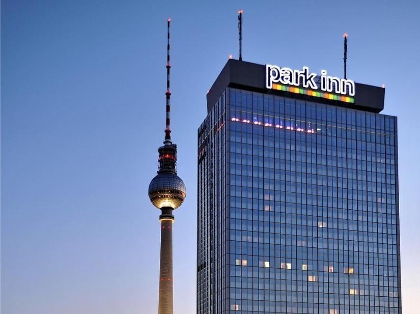 Park Inn By Radisson Berlin Alexanderplatz Park Inn By Radisson Berlin Alexanderplatzalexanderplatz 7berlin Germany 10178 In 2020 Berlin Hotel Europe Hotels Hotel