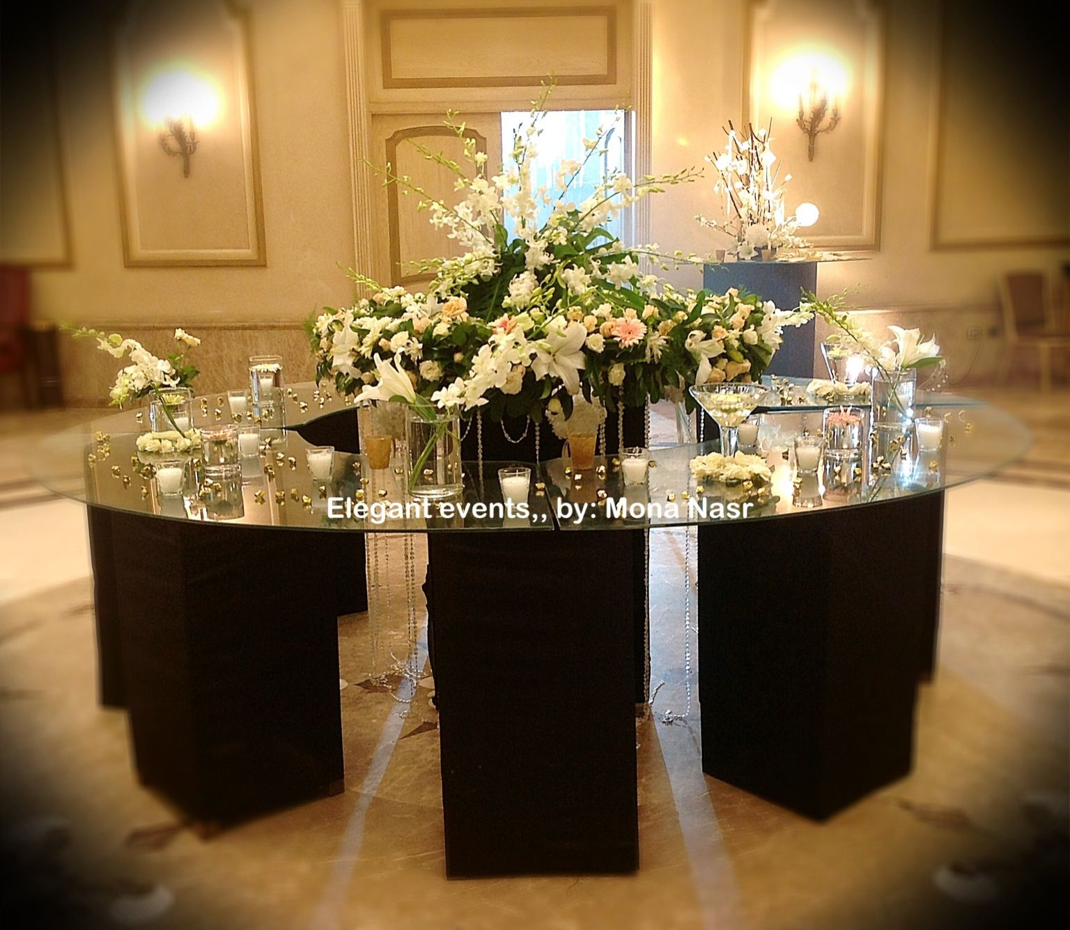 Entrance table decorations Black & gold themed wedding Elegant