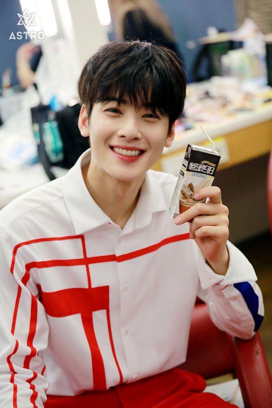 Pin By 17stal On Astro Eunwoo Cha Eun Woo Astro Eun Woo Astro Cha Eun Woo