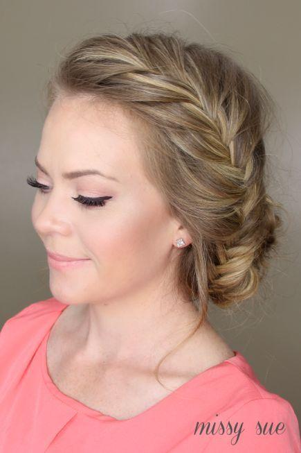 El Look De Las Damas De Honor Peinados Con Trenzas Peinados Bonitos Y Peinados