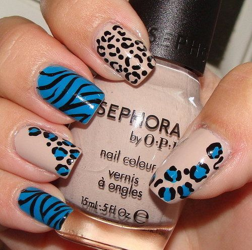 nude and turquoise animal prints nails