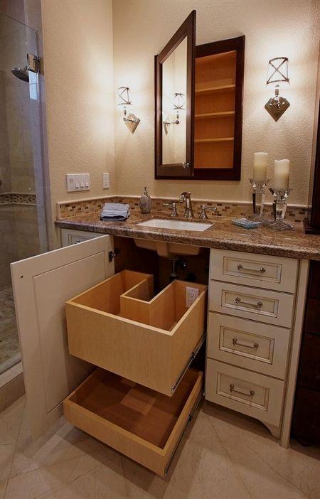 Bathroomstorage cabinets pinterest ba os cuarto de for Gabinete de almacenamiento de bano barato