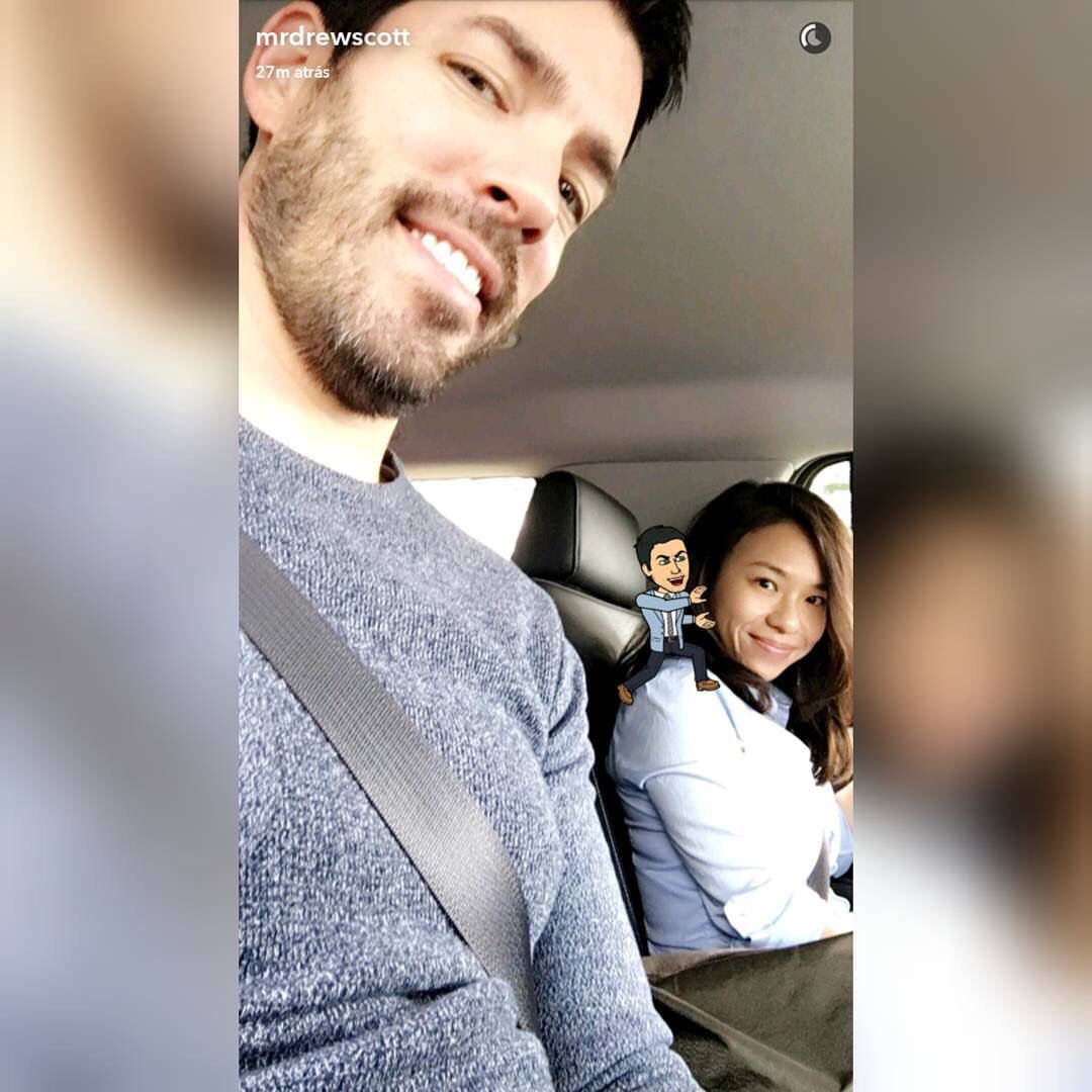 Drew Scott with gf Linda Phan on their way to the home office of Lowe's.  September 2016