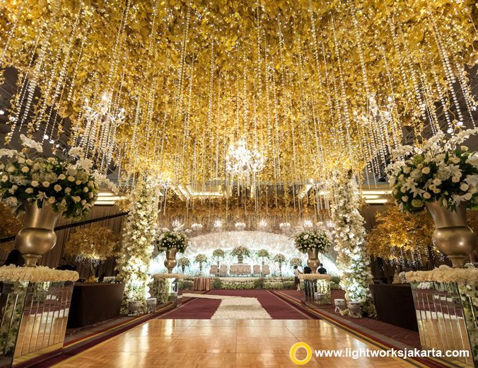 Luther king and angel wedding reception venue at pullman jakarta luther king and angel wedding reception venue at pullman jakarta central park decoration by junglespirit Images