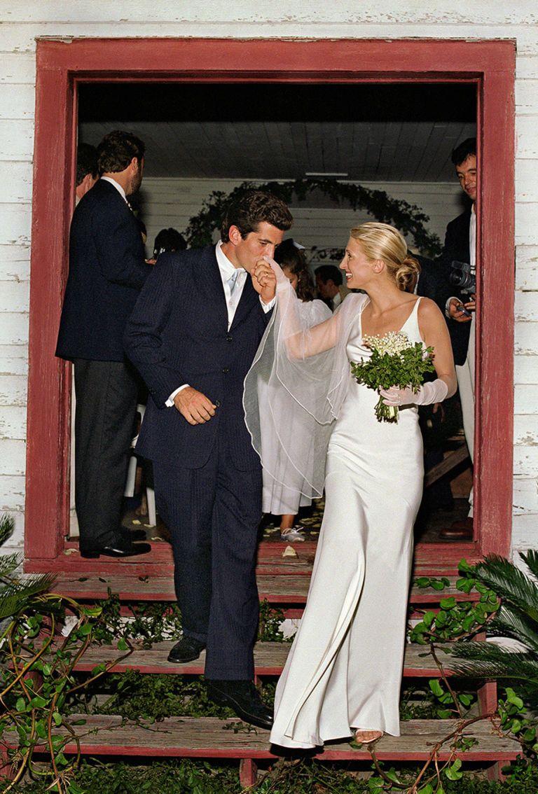 Carolyn kennedy bessette wedding dress  A Look at Who Carolyn Bessette Kennedy Really Was  Pinterest