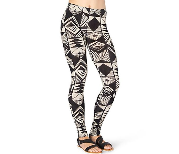 357e77bcea845 You Looking are in Black and White Geometric leggings place bulk order or  notify via mail from one of the Best quality in USA, Australia and Canada  ...