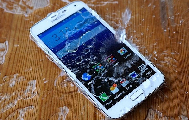 Dropped your iPhone in Water or Liquid? It's best to get