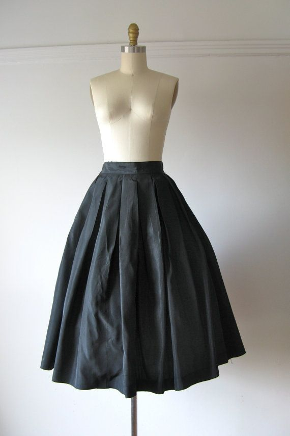 vintage 1950s skirt / 50s skirt / Bon Nuit by Dronning on Etsy, $40.00