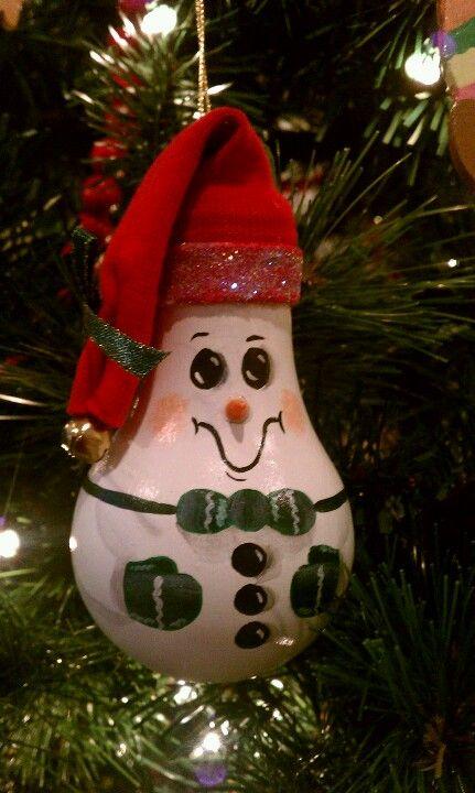 Snowman Light Bulb Ornament M S Christmas Decorating Pinterest Ampoule Ampoules Peintes