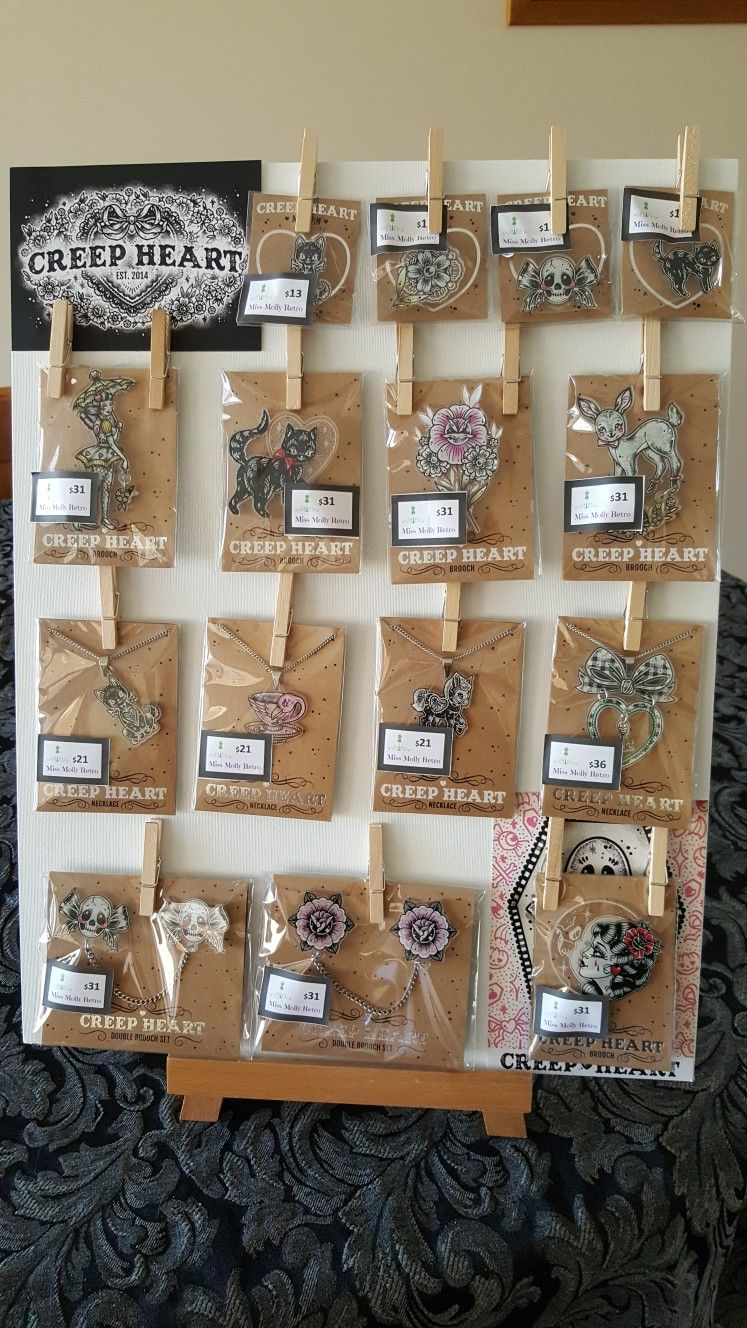 Pin By Patty On Jewelry Displays Craft Fair Displays Diy Jewelry Display Jewelry Table Display
