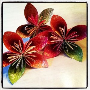 Homemade paper flowers fun diy projects for kids families homemade paper flowers mightylinksfo Image collections