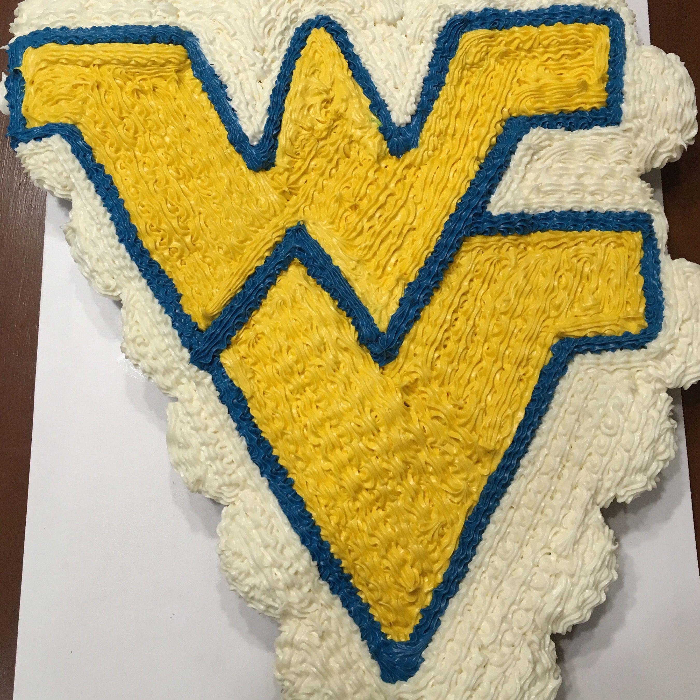 West Virginia University Cupcake Cake