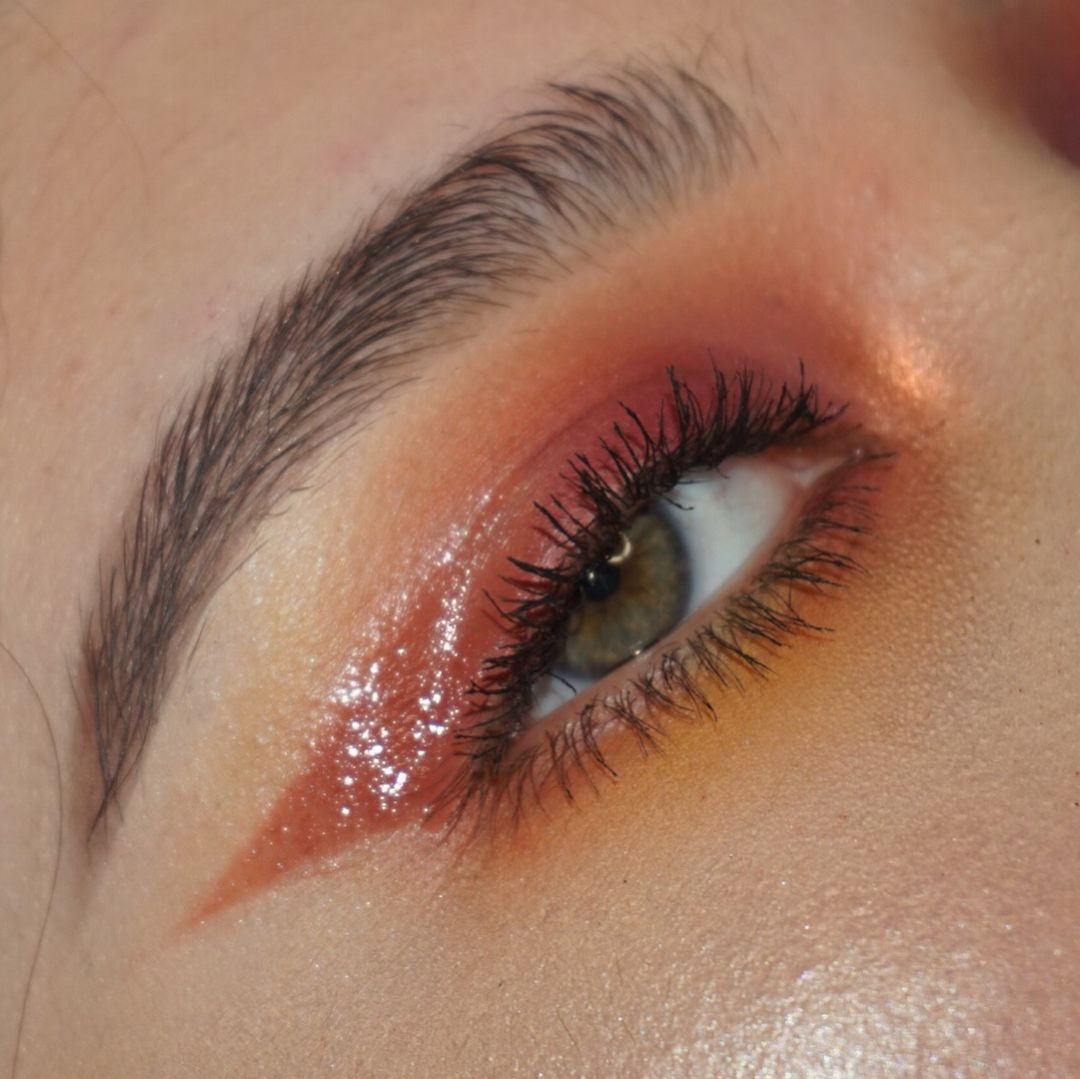 This look can be hot, or a hot mess. Glossy eyes, Glossy