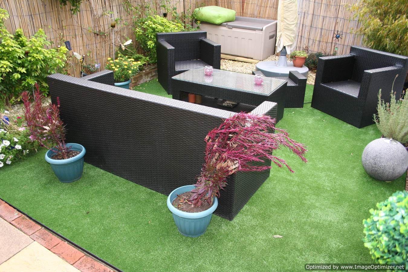 Fake Grass Terrace - Google Garden