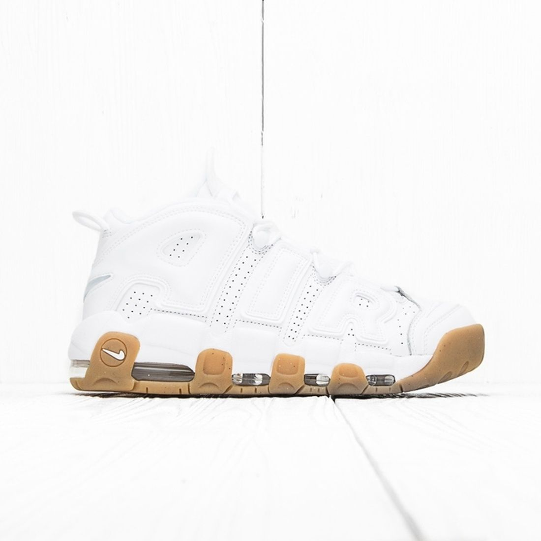 Nike Nike Air More Uptempo WhiteWhite Gum Light Brown