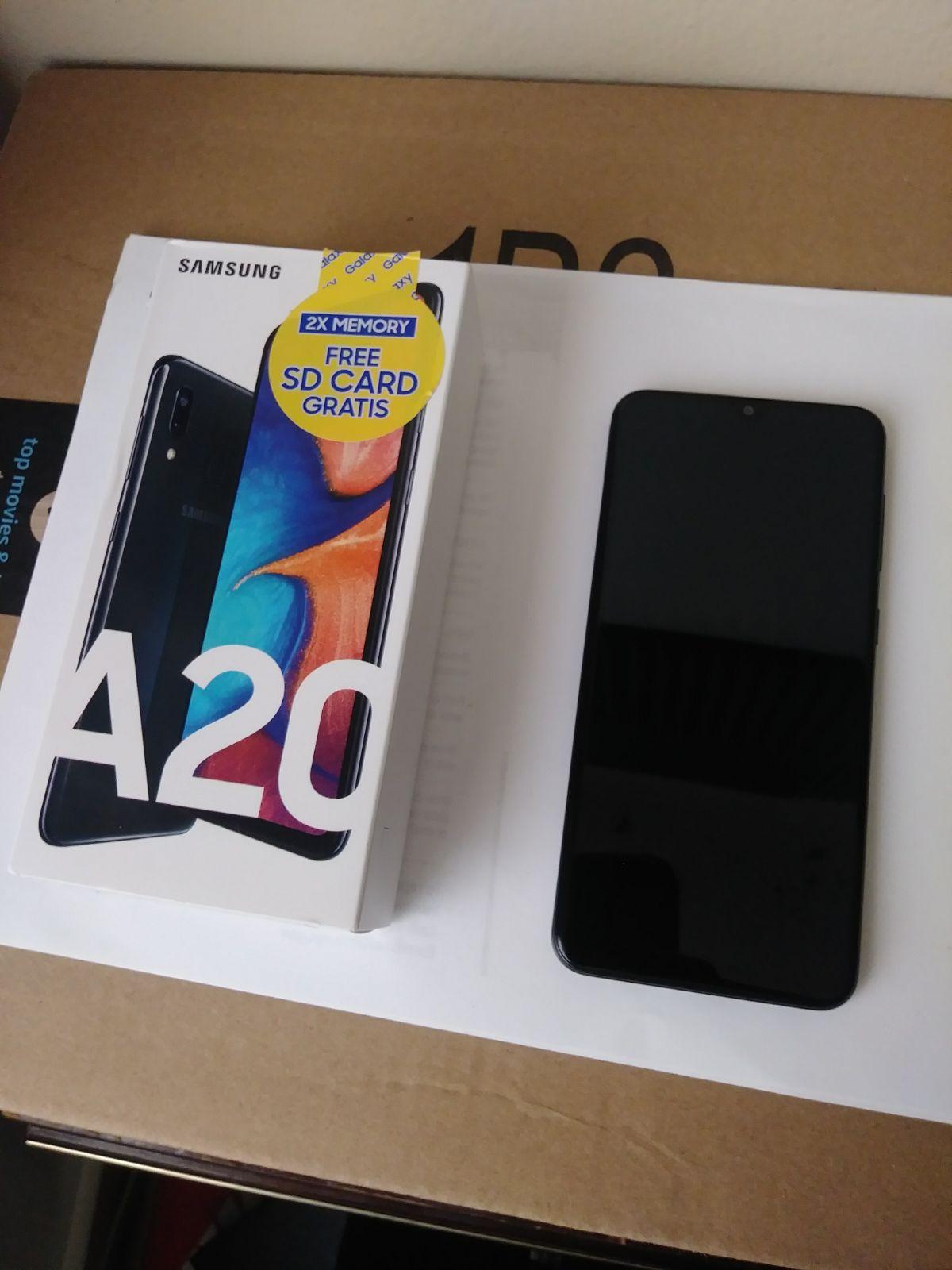 Samsung Galaxy A20 Unlocked On Mercari Boost Mobile Phone Mobile Phone