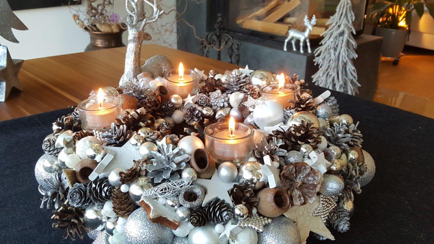 adventskranz in silber und wei die sch nste weihnachtsdeko adventskranz wundersch ne