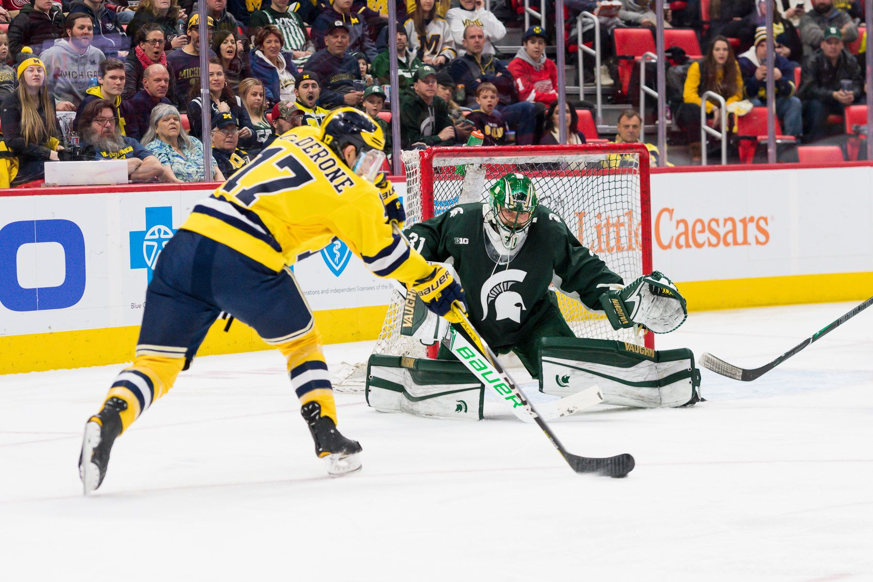 Michigan Edges Msu 3 2 In Duel In The D At Lca Wins Season Series Michigan Hockey Michigan College Hockey