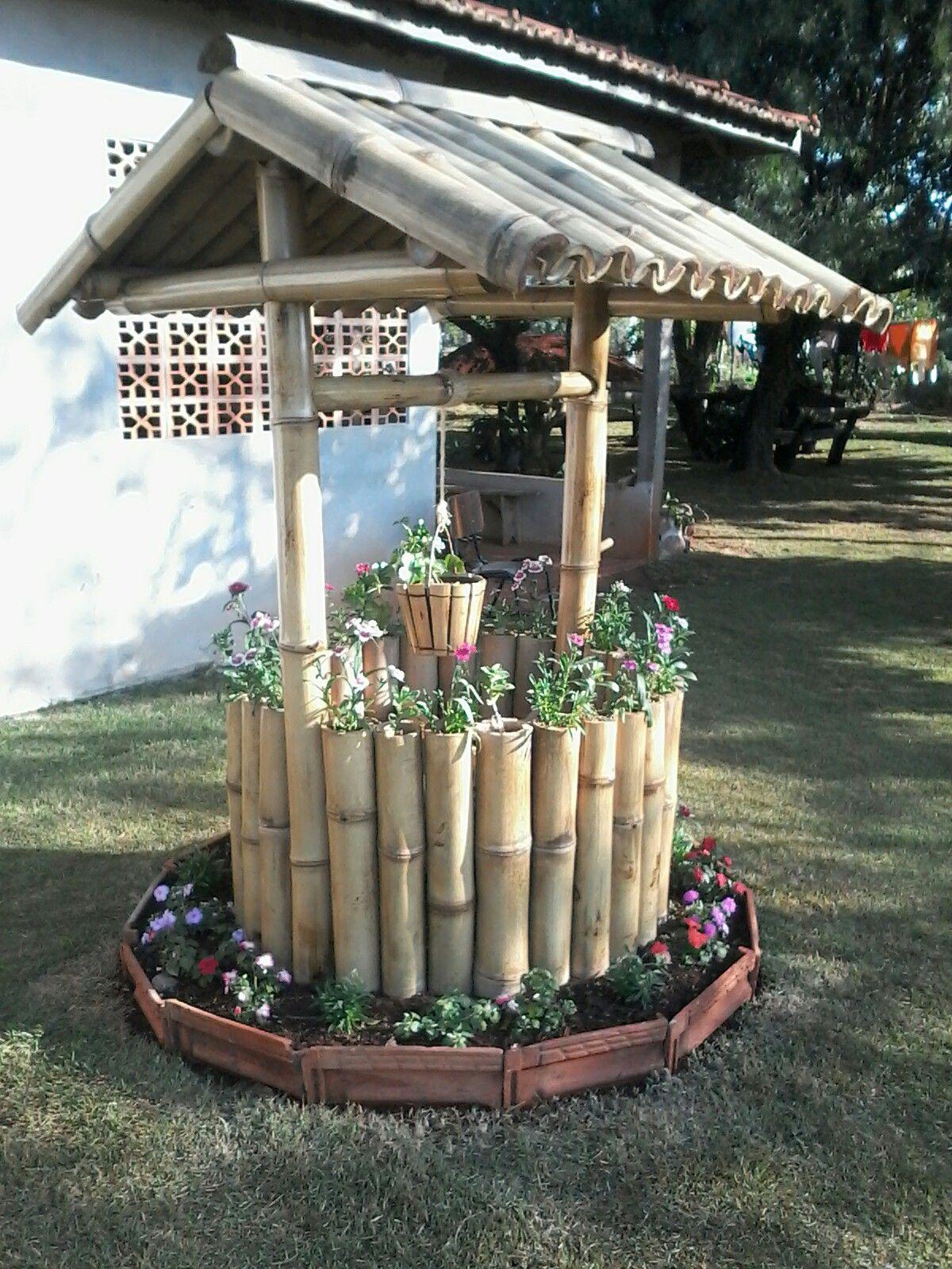 Poco De Bambu Com Floreiras Com Imagens Ideias Para Bambu