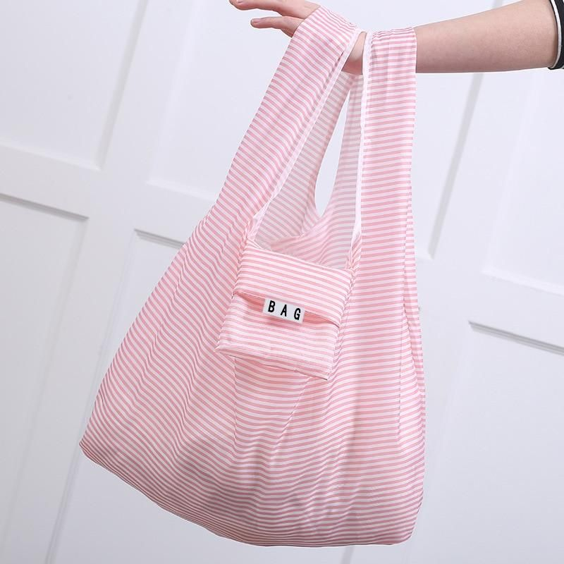 Eco Reusable Shopping Bag - Reusable shopping bags, Folding shopping bags, Shopping bag storage, Reuseable bag, Diy grocery bags, Shoping bag - If you haven't already got yourself a reusable shopping bag   look no further! These bags are a great alternative to plastic, and it helps that they are super cute😍 Choose from our rage of colors and start shopping sustainably!