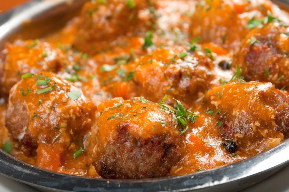 Albondigas De Pavo Con Salsa De Tomate Recetin Albondigas De Berenjena Albondigas De Pavo Albondigas De Pavo Al Horno