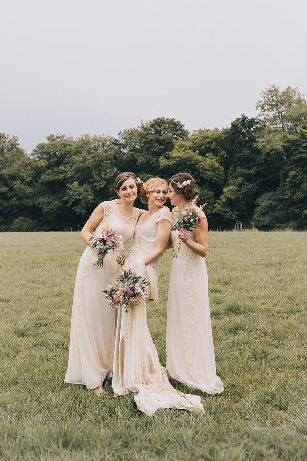 A 1920s and 1930s Antique and Old Fashioned Vintage Inspired Barn ...