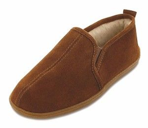 62ac417a60bda Minnetonka Moccasins 3922 - Men s Pile Lined Romeo Slipper - Brown ...