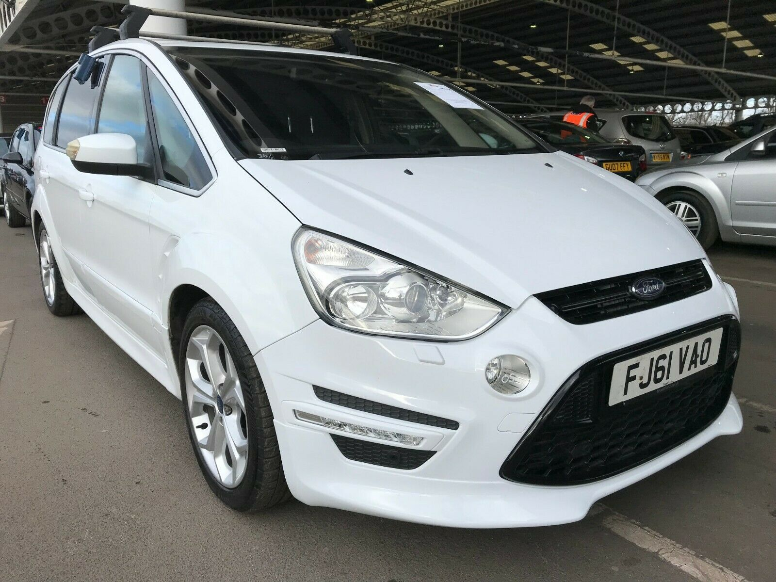 Ford S Max In 2020 Ford Titanium Sports