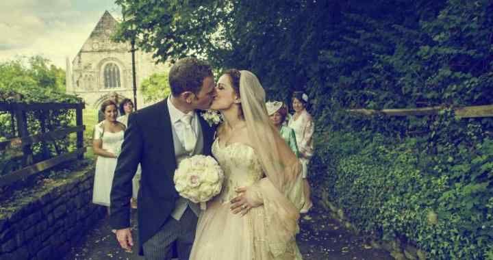 Our real #realbride Eniko wearing her #besoke #wedding #dress #madeinengland #love #luxury