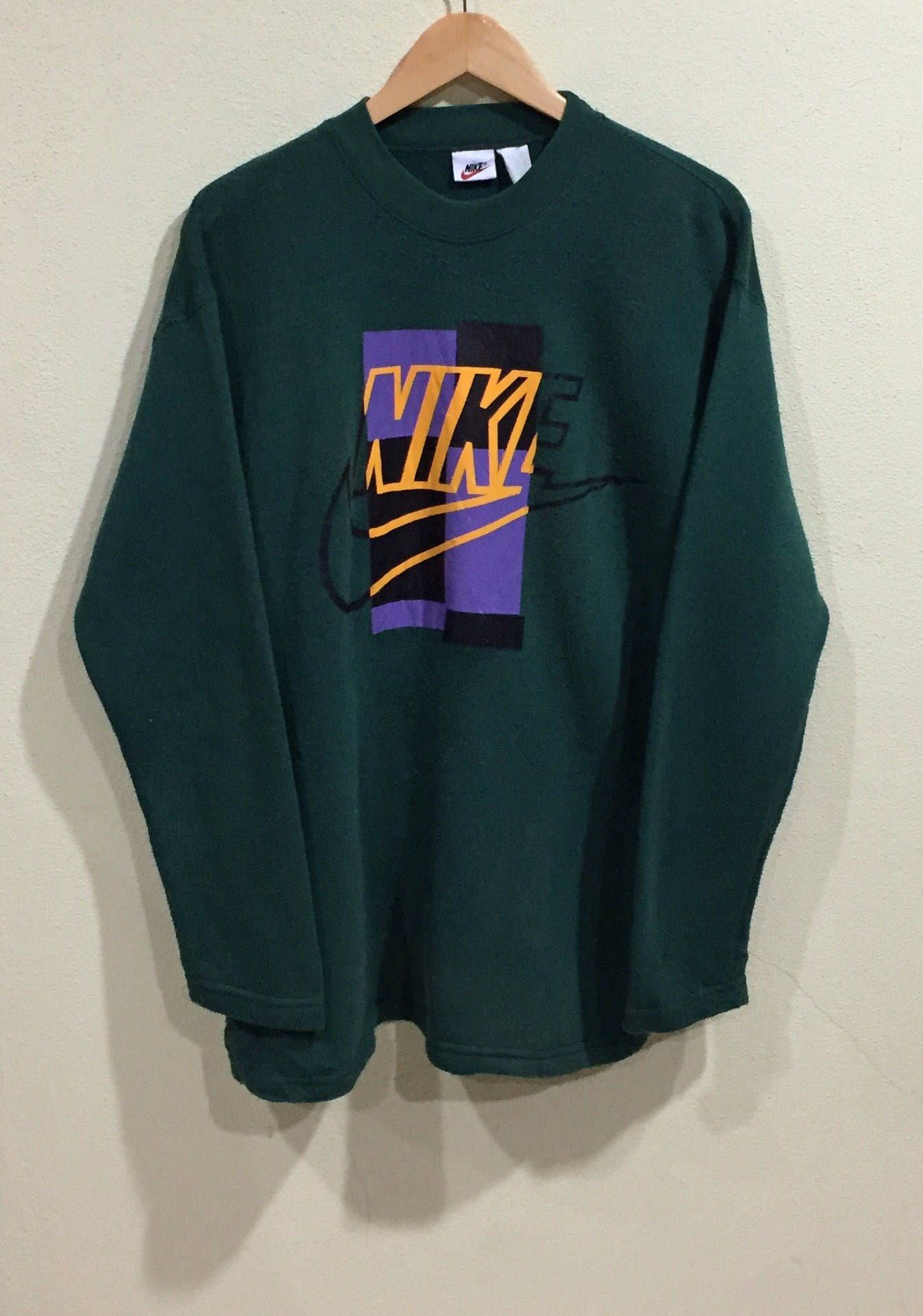 Rare Vintage Nike Sweatshirt Long Sleeve Nike Big Logo Vintage Nike Sweatshirt Hoodie Fashion Retro Outfits [ 1920 x 1347 Pixel ]