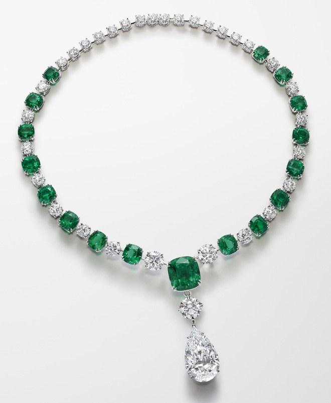 21 Bijoux Extraordinaires A Retenir Des Collections Haute Joaillerie De Juillet 2018 Chopard Jewelry Jewelry Modern Jewelry