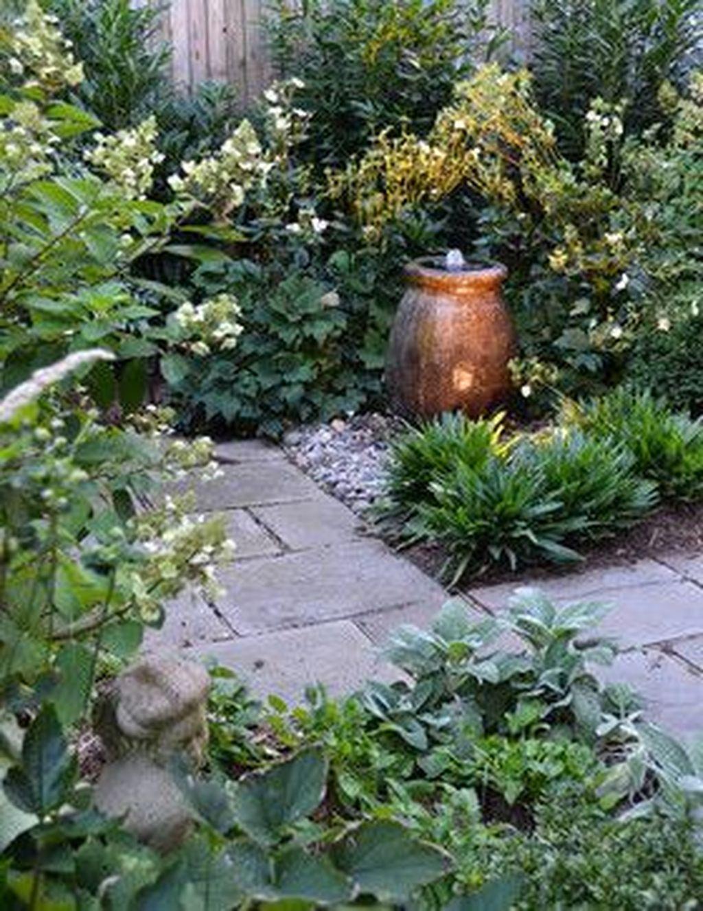 36 Extraordinary Tiny Courtyard Garden Design Ideas With Cozy Seating