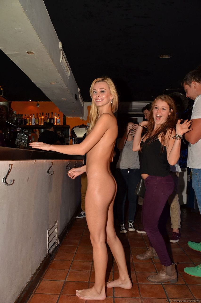Nude College Girls In Public