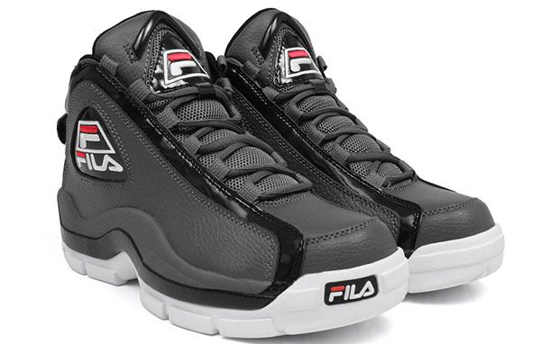 72a2abf5a5 FILA 96 Cement Fila Grant Hill, Nike Foamposite, Hip Hop Outfits, Sneaker  Boots