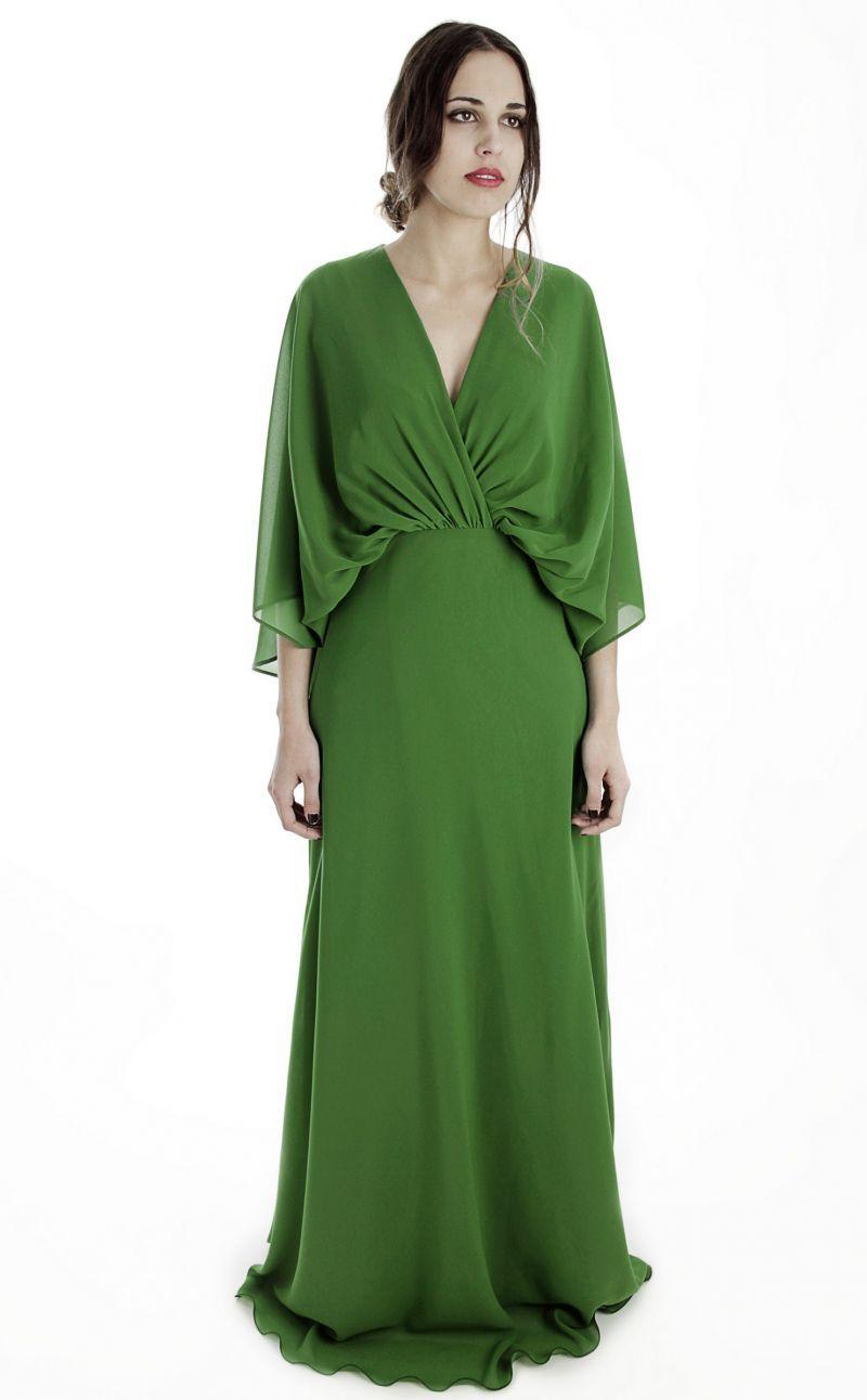 871ac114b2 vestido largo de fiesta de gasa verde con capa y manga murcielago para boda  arimoka