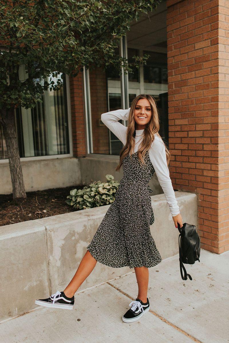 Loveland Dress Olive Olive Ave Fashion Modest Outfits Fashion Inspo Outfits [ 1200 x 800 Pixel ]