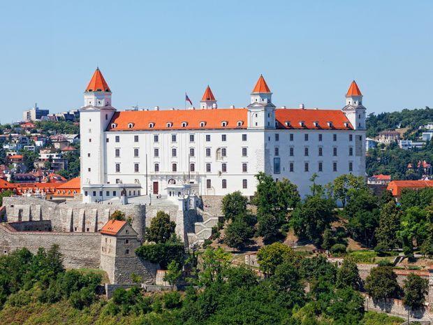Bratislavsk 253 Hrad World Pinterest Activities