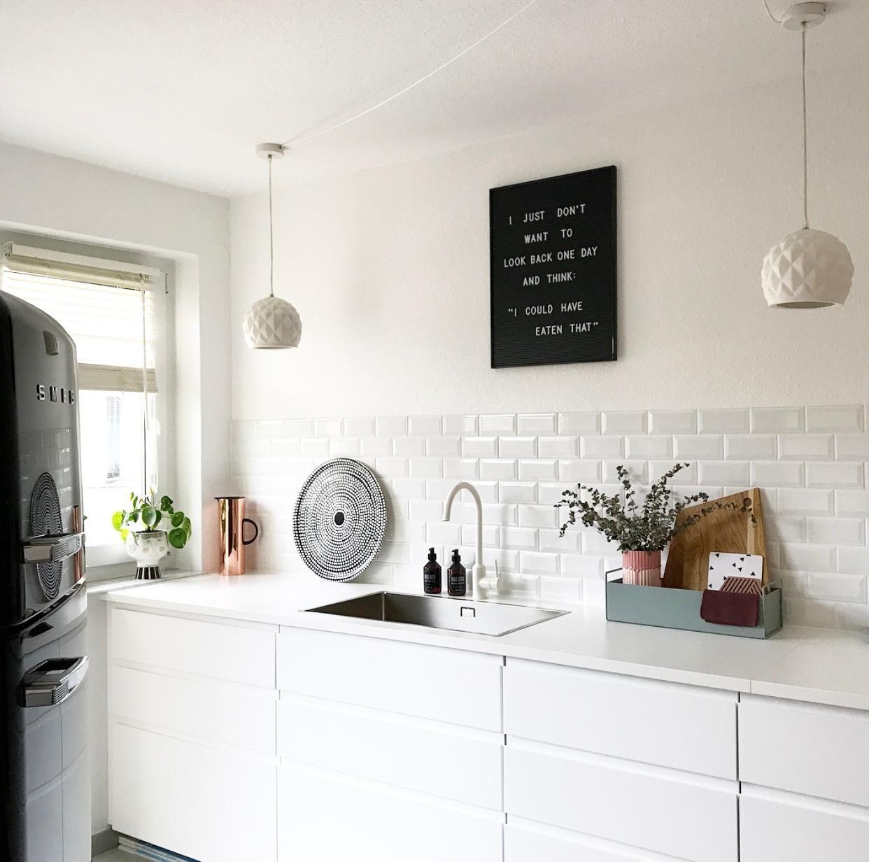 Unsere Küche 🖤. #livingchallenge #küche #metrofliesen In
