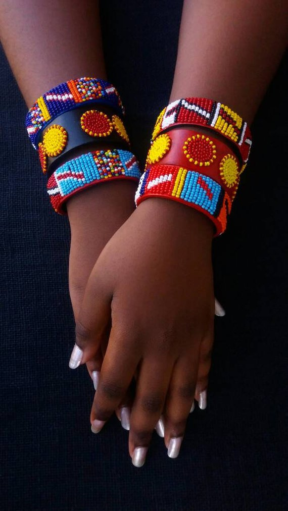 muliticolor jewelry Kenya handmade bracelet,wristhand jewelry attached to a ring Masai beaded bracelet with a ring