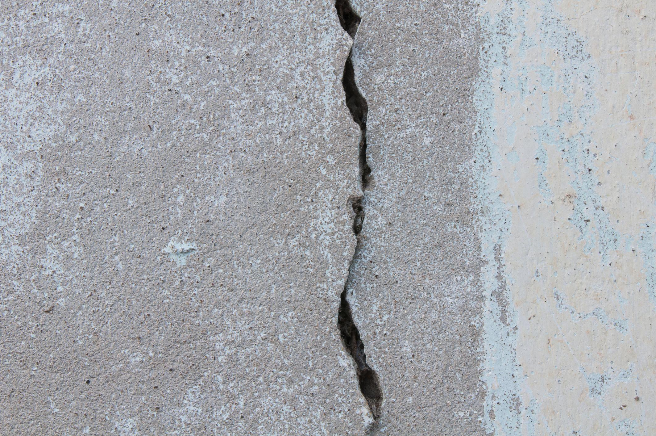 Awesome Leak In Basement Wall