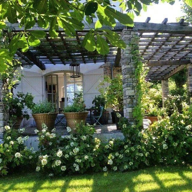 Arbors, baskets, flowers...