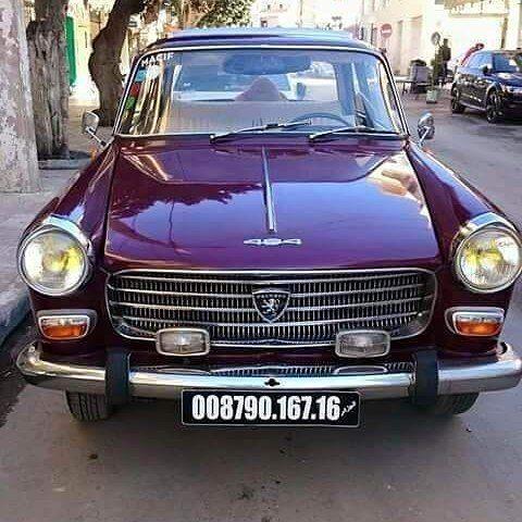 سيارة بيجو 404 العتيقة في الجزائر Automobile Peugeot Peugeot404 Algeria Algerie Oldcars Cars Anciennesvoitures Ancien Old Peugeot Car Cars