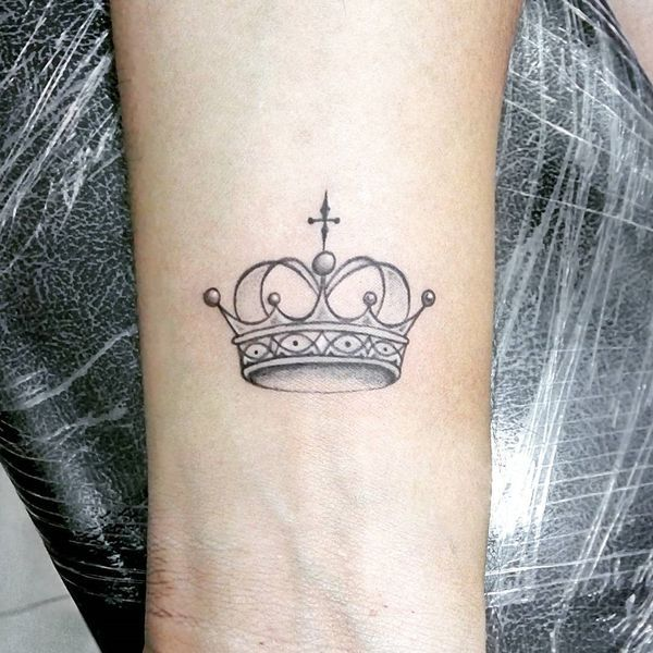 50 Crown Tattoo Ideas For Men And Women December 2020 Small Crown Tattoo Crown Tattoo On Wrist Small Wrist Tattoos