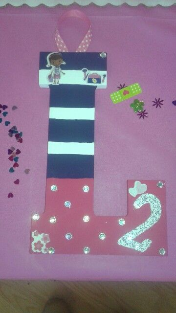 DIY)) Painted wooden letter Doc Mcstuffin theme Doc Mcstuffin - letter in doc